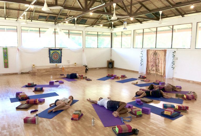 Heart yoga2